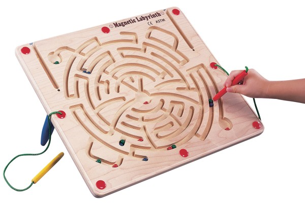 Magnetisches Holz Labyrinth